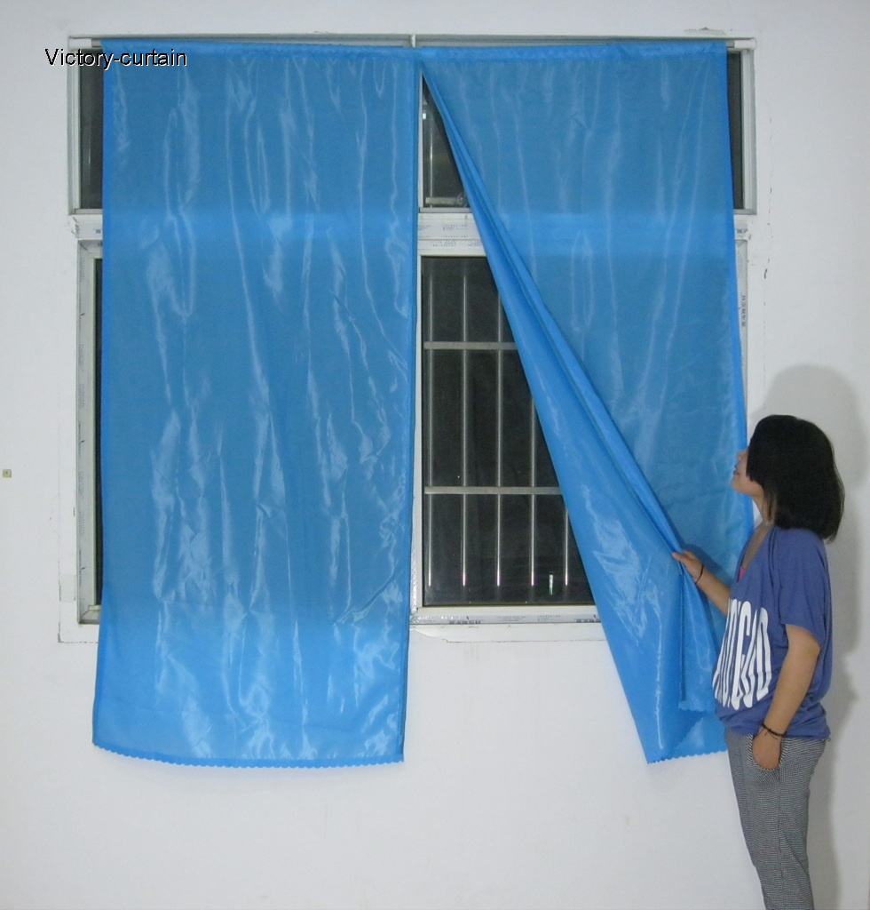 2011 New magnetic window blinds