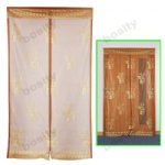 Automatic closing magnetic door curtain
